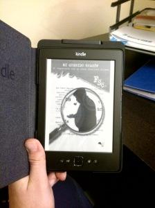 """Mi Kindle con la portada de """"Mi querido Guasón"""", pero sin ánimo de hacer publicidad, Dios me libre"""